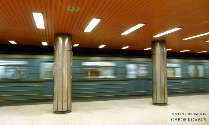 metro © 2013 GABOR KOVACS