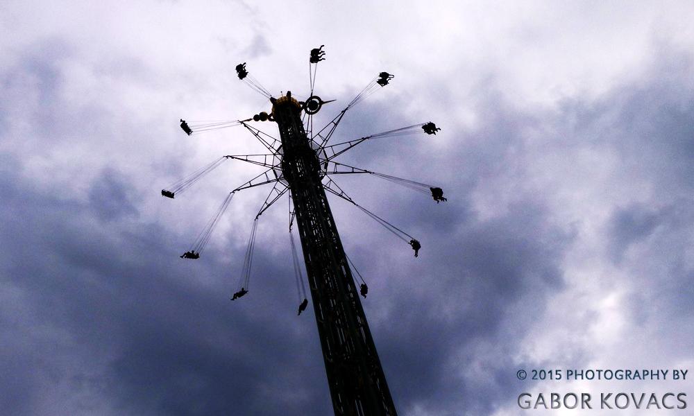 fairground ride © 2015 PHOTOGRAPHY BY GABOR KOVACS