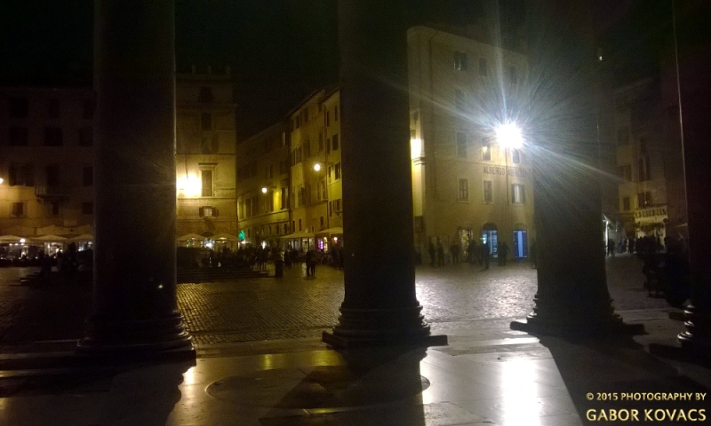 Piazza at night © 2015 PHOTOGRAPHY BY GABOR KOVACS