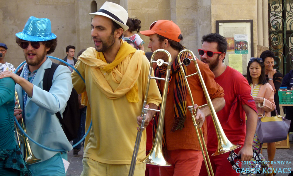 street band 2, Montpellier © 2015 PHOTOGRAPHY BY GABOR KOVACS